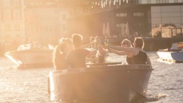 GoBoat - Explore Copenhagen with friends