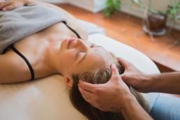 Massage af hovedet med Body SDS